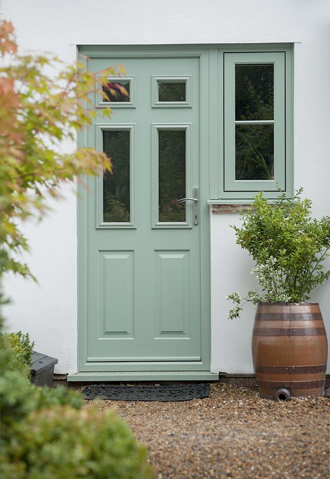 residence-9-cotswold-green-door